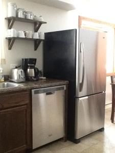 Refrigerator1